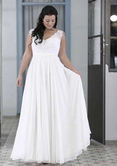 Svatebni Saty Pro Plnostihle Camilla Style Kolin